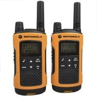 Рация Motorola TLKR T80EXT (0.5W, PMR446, 446 MHz, до 10 км, 8 каналов, 4xAAA), черно-оранжевая